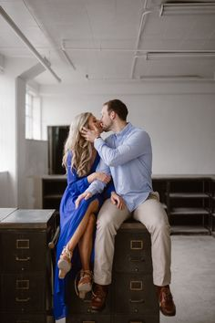 This gorgeous blonde bride-to-be wore a fantastic cobalt blue dress with a slit for her industrial engagement photos in a warehouse. I love the pop of color against the white stone walls. Photographed by Knoxville Engagement Photographer Erin Morrison Photography www.erinmorrisonphotography.com #knoxvilleweddingphotographer #knoxvillewedding #urbanwedding #urbanengagementphotos #erinmorrisonphotography Urban Engagement Photos, Engagement Photo Outfits, Engagement Photography, Engagement Session, Blonde Bride, Cobalt Blue Dress, Gorgeous Blonde, Engagement Inspiration, Social Events