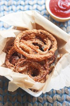These Paleo Onion Rings are crispy, salty, sweet, and spicy.