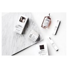 Smelling all types of yummy thanks to @maisonmargiela replica scents #maisonmargiela #replica #lipstickon #maisonmartinmargiela #bbloggers #bblogger #smellslikememories