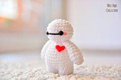 Big Hero 6 by MissBajoCollection Crochet Kawaii, Crochet Diy, Crochet Crafts, Yarn Crafts, Crochet Projects, Crochet Case, Doilies Crochet, Tutorial Crochet, Decor Crafts