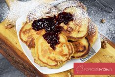 Piernikowe pancakes z orzechami - Po Prostu Pycha Pancakes, Breakfast, Food, Morning Coffee, Essen, Pancake, Meals, Yemek, Eten