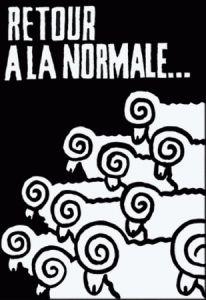 Affiche mai 68 - Imprimées à l'interieur des Beaux-Arts de Paris, par procédé sérigraphique (encore peu implanté en france) la forme se devait d'être marquante, le trait rudimentaire. les aplats étaient préconisés. Les premières éditions se firent exclusivement à l'encre noire.