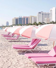 Sweet dreams are made of this ⛱ #NationalPinkDay #millennialpink  #rg @slssouthbeach