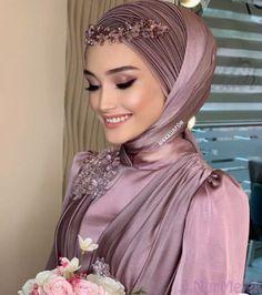 Wedding Hijab Styles, Muslim Wedding Dresses, Hijab Styles For Party, Hijab Evening Dress, Hijab Dress Party, Bridal Hijab, Hijab Bride, Arab Fashion, Muslim Fashion