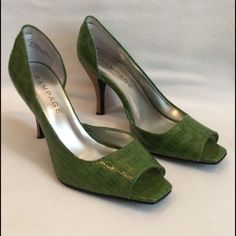 Faux Croc Heels Bought on Poshmark, but rub my foot in the wrong place. ☹️ Beautiful green faux crock and faux wood wrapped heels. Excellent condition. Please note mark on 3rd photo. No box. *Photos courtesy of original seller. Rampage Shoes Heels