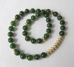 Jade-Kette Collier grün-gold von soschoen auf DaWanda.com