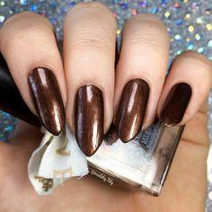 Peppermint Mocha Latte | A Bold Pretty Fierce Indie Nail Polish by Sleeping Medusa #Nail #Nails