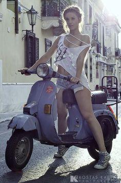 www.bing.com/... kickstart vespa Vespa Scooters, Moto Vespa, Vespa Px, Piaggio Vespa, Lambretta Scooter, Motor Scooters, Vespa Motorcycle, Scooter Girl, Vespa Girl