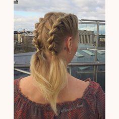 """136 tykkäystä, 6 kommenttia - Heli (@braidingbad) Instagramissa: """"#frenchropebraid #pigtails  Ranskalaiset köysilettisaparot Helsingin kattojen yllä  . .…"""""""