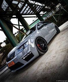 BBS CH--R Black: uno dei cerchi più apprezzati in tutto il mondo. In foto la Skoda Octavia RS. -  INFO: autogold@autogold.it - #wheels #BBS #cerchi #CerchiInLega #Skoda #Octavia