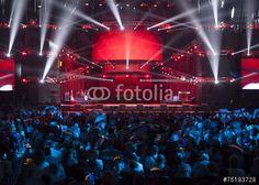 """Pobierz zdjęcie royalty free  """"Light from the scene during the concert"""" autorstwa maxcam w najniższej cenie na Fotolia.com. Przeglądaj naszą bazę tanich obrazów online i odnajdź doskonałe zdjęcie stockowe do Twoich projektów reklamowych!"""