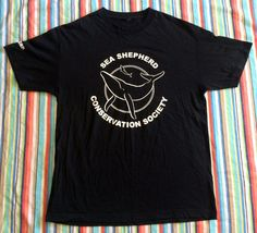 "Sea Shepherd Conservation Society ""Whales Navy"" Ship Large T-Shirt Black/White…"