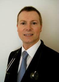 http://www.larevistadecirugiaestetica.com/2013/06/entrevista-con-el-dr-peter-griffiths.html La Revista de Cirugía Estética ha realizado una entrevista al Dr. Peter Griffiths sobre la técnica de trasplante capilar denominada FUE.