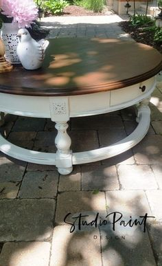 Farmhouse Painted Round Coffee Table, Painted Coffee Table, Refinished Coffee Table, Annie Sloan Old White, Anitque Walnut Gel Stain, Distressed Furniture, DIY, Ideas, Inspiration