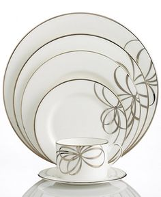 kate spade new york Belle Boulevard 5 Piece Place Setting - There's no classier canvas for your favorite recipes than kate spade new york Belle Boulevard place settings. A distinctive platinum band and whimsical bow design on fine white china dinnerware offers a look of easy sophistication. Kate Spade's china collection is breath taking. This will be something my husband and I have forever! I can't wait to use it for all the special occasions we will celebrate together with family! Yes, I…