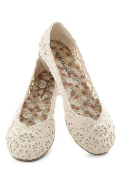 Loop Me In Flat - Cream, Solid, Crochet, Casual, Flat, Top Rated