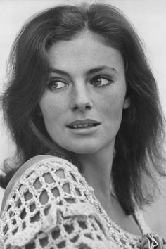 Embrace the heat in open weave crochets, and see who has worn the summer staple well, from Twiggy to Laura Bailey and all of the non-Brits in between: Jacqueline Bisset. Classic Actresses, Hollywood Actresses, Beautiful Actresses, Casino Royale, Jules Supervielle, Jacqueline Bissett, Divas, Seventies Fashion, Old Movie Stars