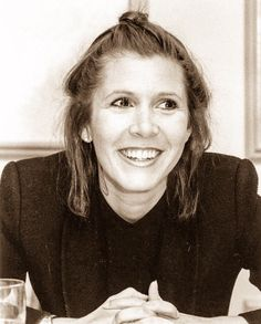 ❝I narrate a life I am reluctant to live.❞ Carrie Fisher