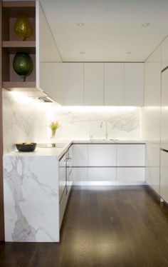 Awesome 35 Modern Minimalist Kitchen Remodel Ideas https://homeylife.com/35-modern-minimalist-kitchen-remodel-ideas/