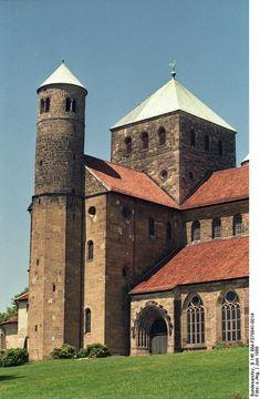 Bundesarchiv B 145 Bild-F078941-0014, Hildesheim, Michaeliskirche - Romanesque architecture - Wikipedia, the free encyclopedia