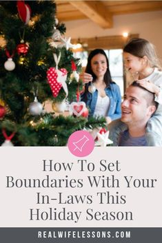 Do you long for a stress-free holiday with your in-laws? Here's how you can have a solid relationship with your in-laws this holiday season and keep the peace in your family life.  These family tips will help you navigate messy family dynamics, too. Click through for the best family life advice from a therapist! || Real Wife Lessons #familylife #inlaws #holiday #realwifelessons Strong Marriage, Good Marriage, Marriage Advice, Family Problems, Marriage Problems, Conversation Starters For Couples, Communication In Marriage, Real Wife, Relationship Posts