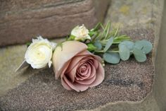 Boutonniere of Amnesia Rose with Gracia Creme