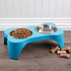 Gibson Home Bow Wow Meow Elevated Feeder Pet Bowl Dinner Set, Blue