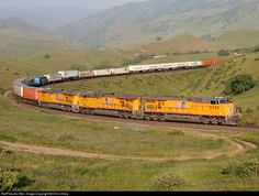 RailPictures.Net Photo: UP 5385 Union Pacific GE ES44AC at Bealville, California by Chris Kilroy