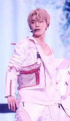 #taeyong #nct #nct127 Nct 127, Lee Taeyong, Mark Lee, K Pop, Kim Dong Young, Fandoms, Jung Woo, Entertainment, Sm Rookies