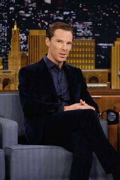Benedict Cumberbatch Photos Photos - Benedict Cumberbatch Visits 'The Tonight Show Starring Jimmy Fallon' at Rockefeller Center on November 3, 2016 in New York City. - Benedict Cumberbatch Visits 'The Tonight Show Starring Jimmy Fallon'