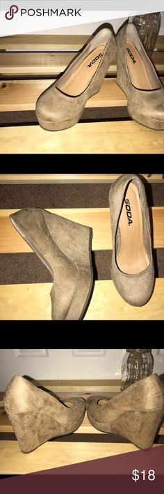 SODA WEDGES 💐 Like new / Tan / Suede / Fits 6-6.5 Soda Shoes Wedges