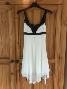 f1d86366a8d Stunning Jane Norman Cream   Black Dress Size 10  fashion  clothing  shoes