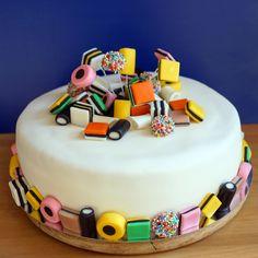 taart in engels Bloempot taart met viooltjes van fondant   Op en top voorjaar! Een  taart in engels