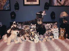 Have a favorite stuffed animal that you've had since you were a kid? You a college kid who has a plush rabbit or corgi to hold you over until you. Wolf Stuffed Animal, Stuffed Animals, Teddy Bear Cartoon, Teddy Bears, Wolf Plush, Baby Doll Strollers, Wolf Husky, Paddington Bear, Bear Art