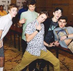 Hahahahaha magcon boys
