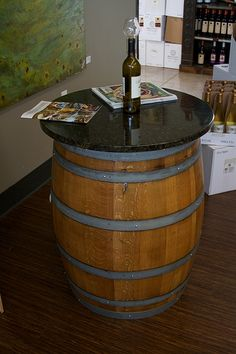 Wine barrel tables pub tables american country napa for Botte arredamento
