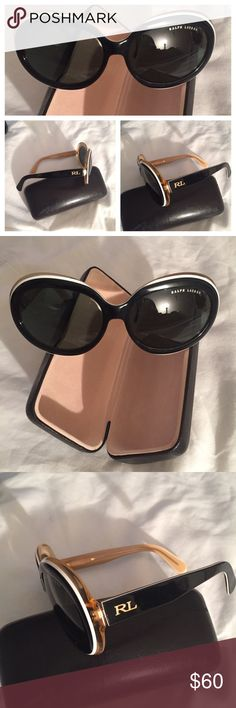 🎺Ralf Lauren Blk w/white rim Shades.👑🕶 ♦️Classy Sunglasses ~ Black w/white rim Ralf Lauren Shades. 💃Worn 1x but too big for my face. No scratches, need a new home🎺 price is flexible👛 Ralph Lauren Accessories Glasses