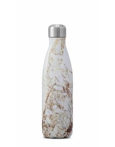 Classy and sophisticated, this S'well thermal bottle is the perfect all year round accessory. With a stunning gold marble effect aesthetic, this practical bottle is ensured to keep your hot drink warm for 12 hours, whilst having the ability to keep your cold drink cool for 24 hours.