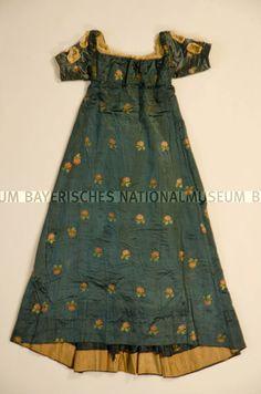 Dress: 1805-15. Fabric: c.1780-90