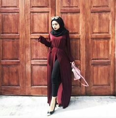 Image in ♥hijab fashion♡ collection by Amoona Hijab Style Dress, Modest Fashion Hijab, Modern Hijab Fashion, Muslim Women Fashion, Indian Fashion Dresses, Hajib Fashion, Abaya Fashion, Fashion Outfits, Hijab Style Tutorial