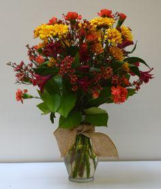 http://www.caseysgardenshop.com/  Fall arrangement