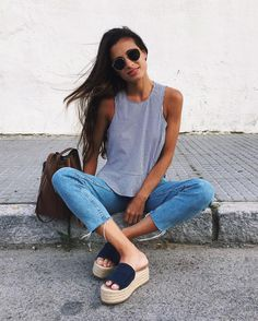 Simple Summer to Spring Outfits to Try in 2019 – Prettyinso Fall Fashion Outfits, Spring Outfits, Casual Outfits, Autumn Fashion Grunge, Autumn Street Style, Trends, Spring Summer Fashion, Clothes, Casual Weekend