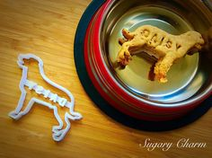 Personalized Lab cookies Lab cookie cutter Dog by SugaryCharm Can Dogs Eat Corn, Treat Yourself, Make It Yourself, Dog Cookie Cutters, Personalized Cookies, Dog Cookies, Homemade Dog Treats, Food Crafts