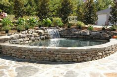 Raised pond patio and bench finished Raised Pond, Raised Patio, Pool Water Features, Water Features In The Garden, Backyard Water Feature, Ponds Backyard, Piscine Diy, Fish Pond Gardens, Water Gardens