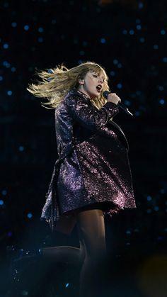 """I was screaming """"Go go go! Estilo Taylor Swift, Taylor Swift Concert, Long Live Taylor Swift, Taylor Swift Style, Red Taylor, Taylor Swift Pictures, Taylor Alison Swift, Katy Perry, Lady Gaga"""