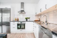 Solid vit | Ballingslöv LOCATION: Bostadsrättslägenhet i Karlstad