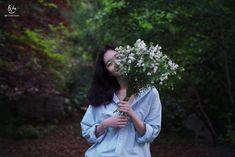 Girl Photography Poses, Vsco Photography, Korean Actresses, Korean Actors, Kim Go Eun Style, Oppa Ya, Future Photos, Korean Drama Movies, Scenery Wallpaper
