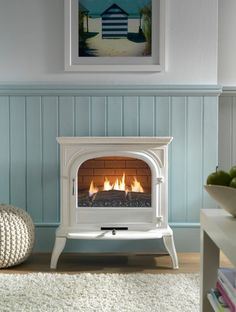 Wonderful Pictures small Gas Fireplace Style There's only a very important factor better when compared to a roaring fire on a wintry night: a r Small Gas Fireplace, Gas Stove Fireplace, Fireplace Design, Fireplace Ideas, Cream Fireplace, Fireplace Seating, Gas Fireplaces, Rustic Fireplaces, Faux Fireplace