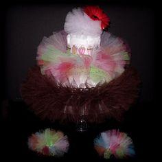 Newborn Cupcake Costume In The Form Of A Diaper Cake