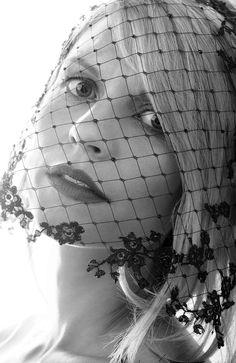 Claire Danes - Alexi Lubomirski Photoshoot for Harper's Bazaar UK October 2014   (7)